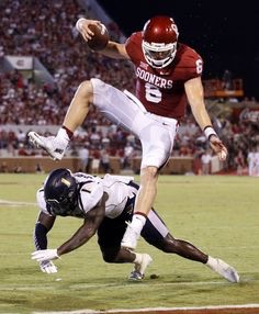 Baker Mayfield putting the team on his back for crucial TD. Photo credit to Pinterest.com
